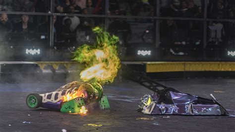 BattleBots Post-Fight Report #1 : Shatter! vs Witch Doctor