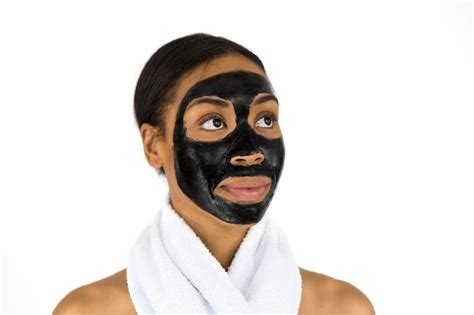 People Are Now Claiming That Charcoal Face Masks Are Racist