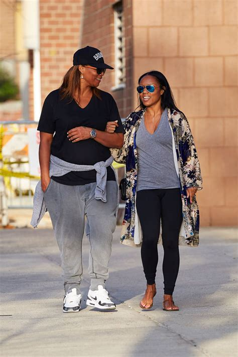 It's Good To Be Queen! Latifah Enjoys Romantic Stroll With