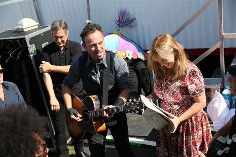 Photos from the road: New Orleans Jazz Fest May 3 » Bruce